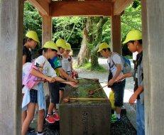 kamakura school kids