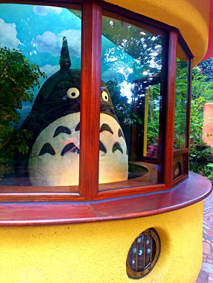 totoro-in-ticket-booth